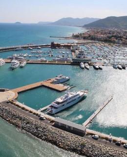 Superyacht Marina di Loano