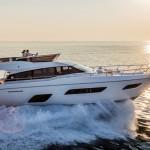 Gulf première per Ferretti Yachts 550