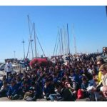 Fan e appassionati hanno invaso le banchine del porto