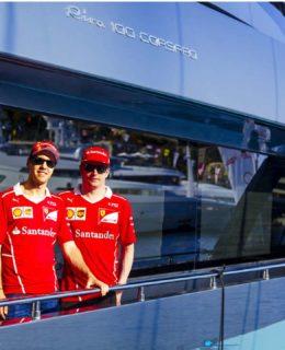 Riva e Ferrari. Sebastian Vettel e Kimi Raikkonen a bordo di Riva 100 Corsaro prima del Gran Premio di F1 di Montecarlo
