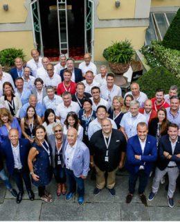 Cranchi Dealers Meeting: foto di gruppo a Tremezzo