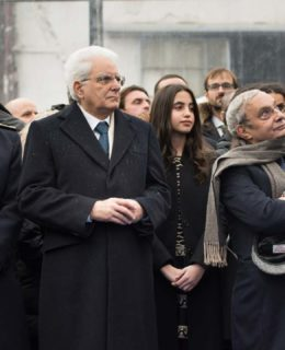 La Msc Seaside: nella foto il presidente Mattarella, la madrina Asya e Giuseppe Bono