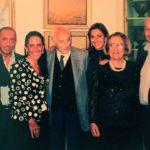Ritratto di famiglia. Al centro Guido Grimaldi, scomparso nel settembre 2010