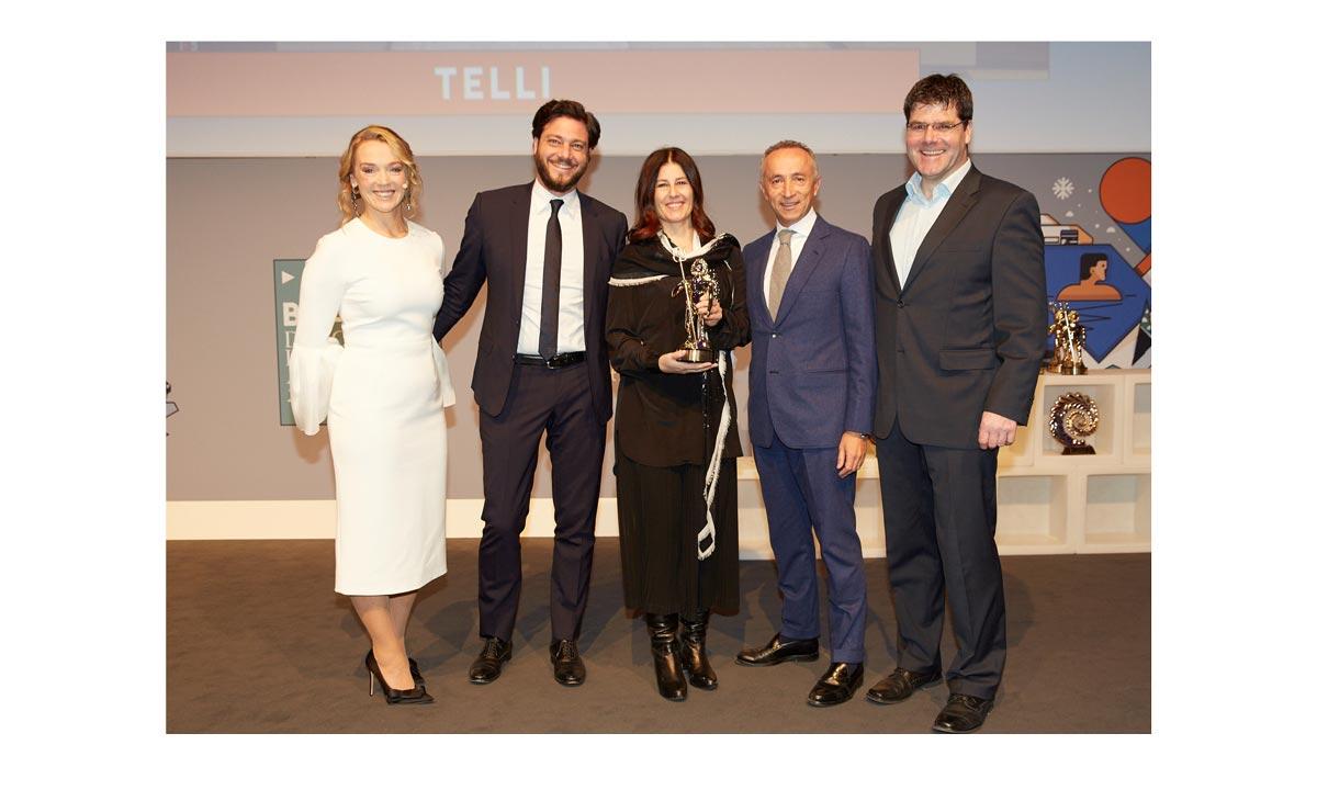 Al centro Stefano De Vivo, Karin Paggi e Alberto Galassi