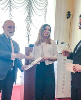 Student Naval Architect Award. Al centro Sofia Guidomei