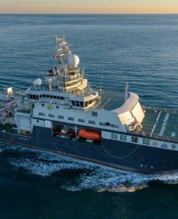La nave oceanica rompighiaccio Fincantieri