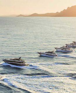 Sei yacht Ferretti Group al Palma Boat Show