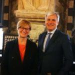 Il ministro Roberta Pinotti e Michele Gavino