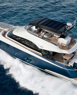 Monte Carlo Yachts Dieci. Nella foto MCY 65, il più piccolo
