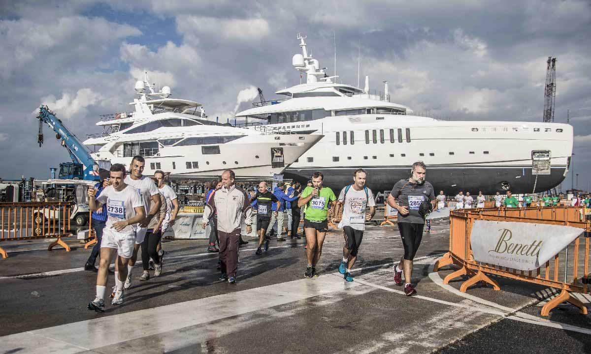 Half Marathon: podisti neli cantieri Benetti e Lusben