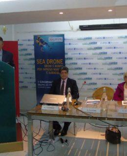 Sea Drone: da sinistra Luciano Castro, Giuseppe Venneri, Loredana Capone e Pasquale Mazza (neo comandante della Capitaneria di Porto di Gallipoli)