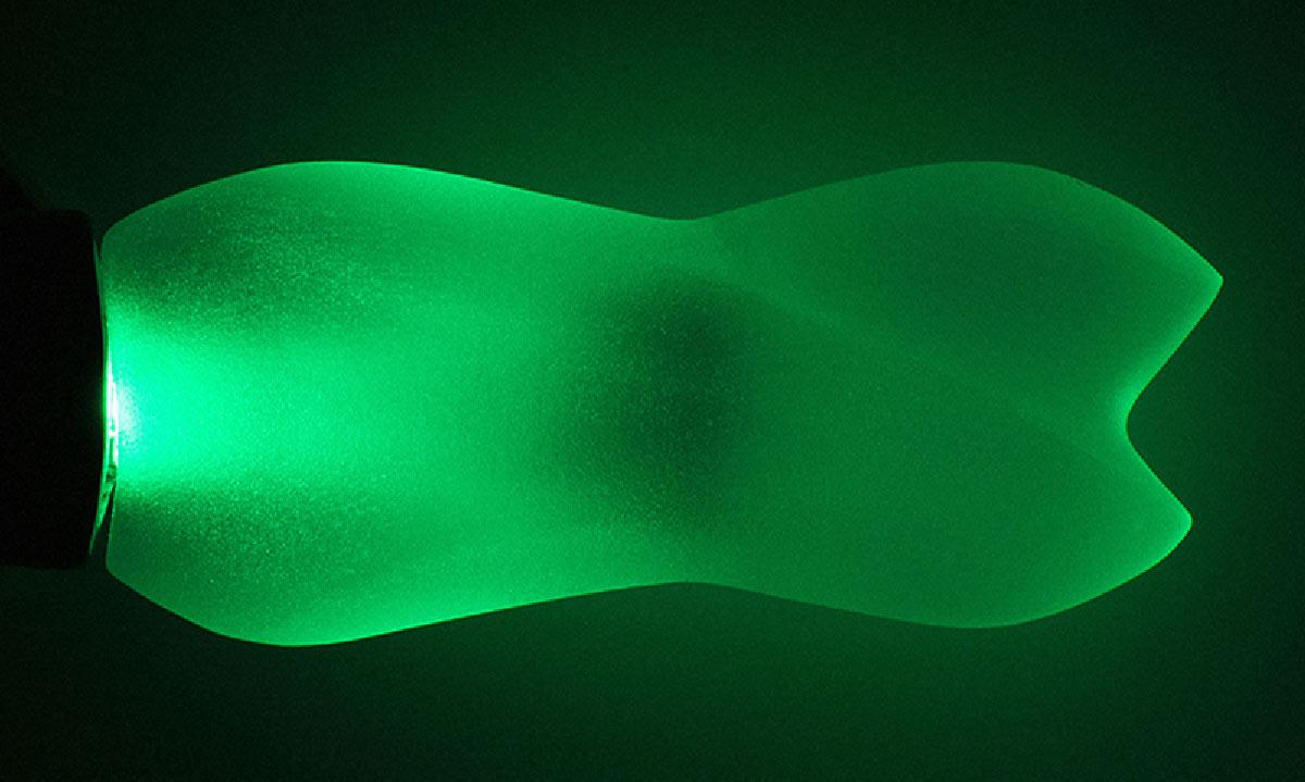 La maniglia Swim in frozen crystal green