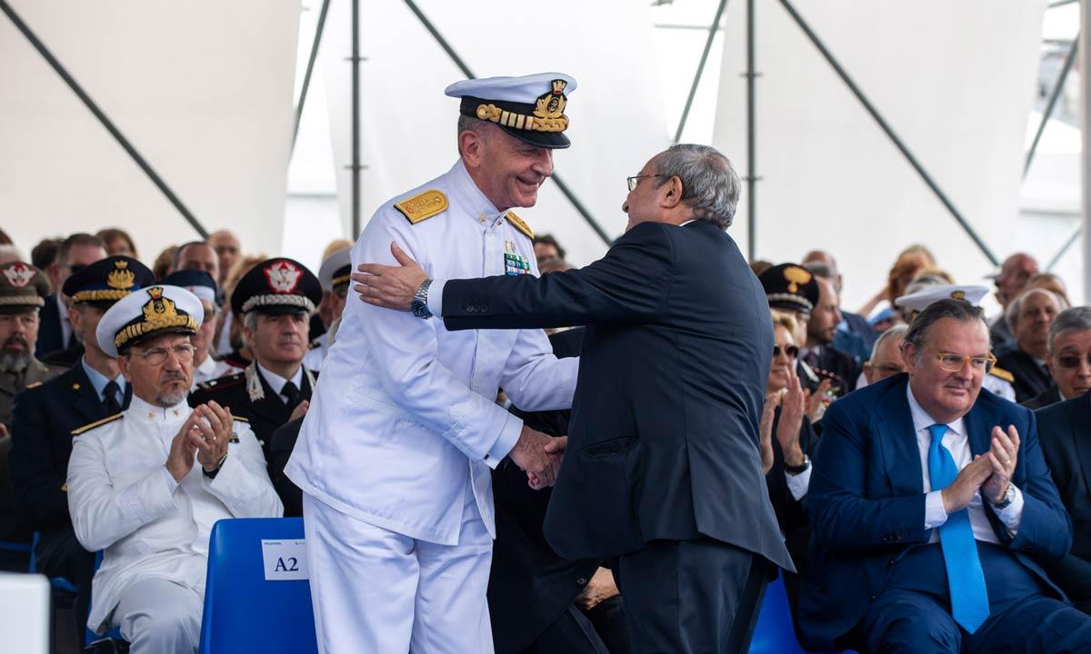 L'ammiraglio Valter Girardelli con Giuseppe Bono