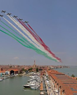 Salone Nautico Venezia: le Frecce Tricolori