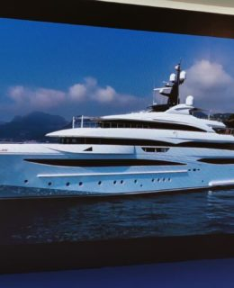 Ferretti Group: CRN 79 metri