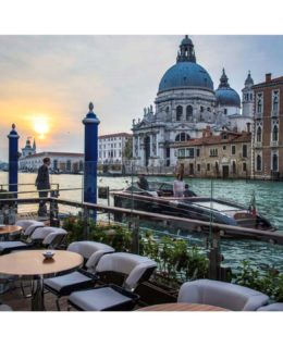 Riva: la lounge al The Gritti Palace di Venezia