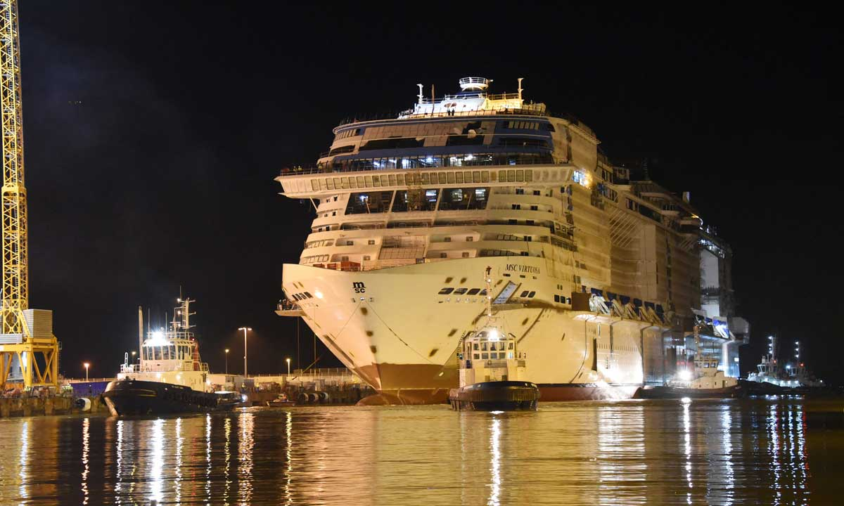La nave in bacino