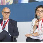 Saverio Cecchi con il ministro Paola De Micheli (foto d'archivio)