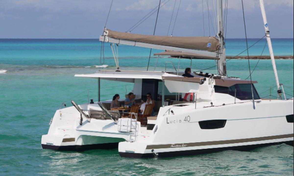 Velamica: il nuovo catamarano