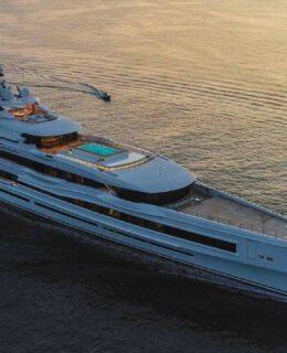 "Benetti Yachts: ""Lana"" 107 metri"