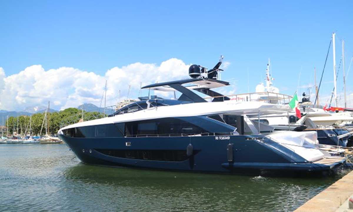Amer Yachts: la nuova F100