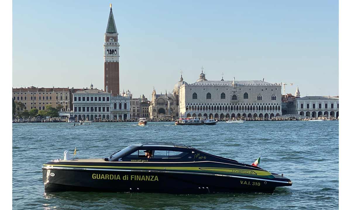Effebi: la motovedetta per la GdF di Venezia