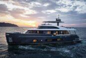 Azimut Yachts: Magellano 25 Metri