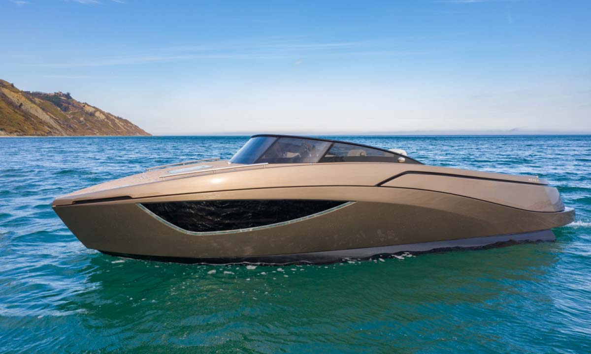 Nerea Yacht: NY24 Dark-Bronze