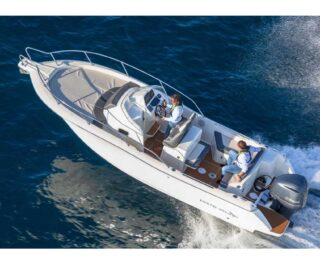 Fuoribordo Yamaha sulle barche White Shark