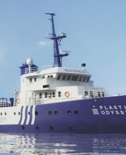 Simrad Yachting: progetto Plastic Odyssey