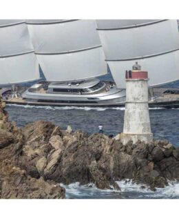 Perini Navi: Maltese Falcon
