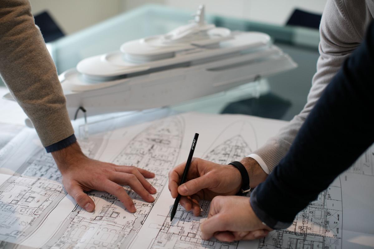 CRN, come nasce una barca
